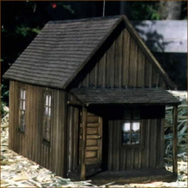 Text My Phone >> G Scale Buildings For Your G Scale Trains & Garden Railroad - RRave